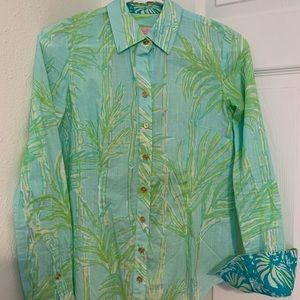Lilly Pulitzer Button Down long sleeve shirt
